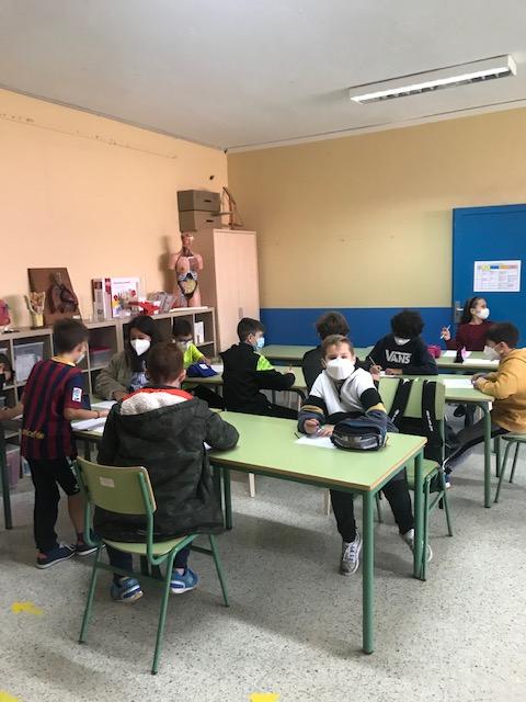 laboratorio-colegio-humberto-juanes-04